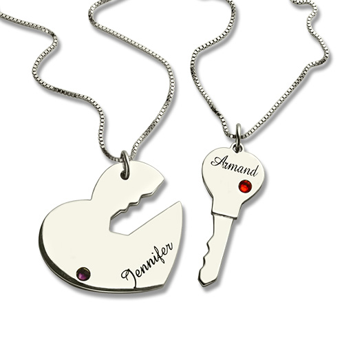 b89cddd332 Gifts For Him & Her - Key to My Heart Name Pendant Set For Couple
